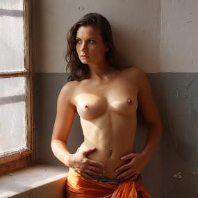 Window by Thomas ST0LL - Nudes & Boudoir Boudoir ( stoellchen,  )