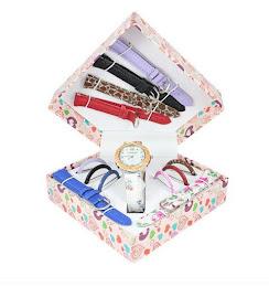 Set cadou ceas de dama Geneva - 13 piese. Curele si cadrane interschimbabile.