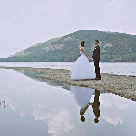 Wedding photographer Balázs Mitter (luminoso). Photo of 11.01.2017
