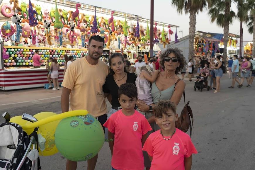 Isaac, Noelia, Isaac, Ana, Dani y Paula