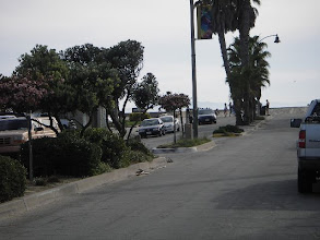 Photo: Seaward Ave with shops and restaurants, 5 minute walk from our house