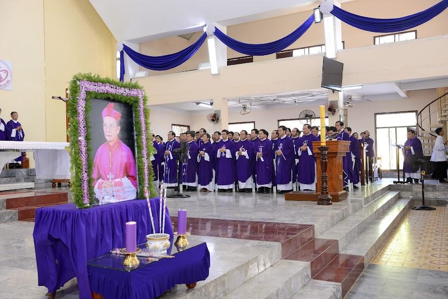 Lễ Giỗ Mãn Tang Đức Cha Nicôla Huỳnh Văn Nghi