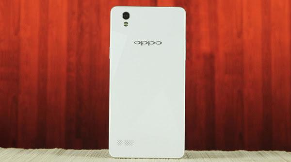 """""""Lớp áo choàng"""" sang trọng, tinh tế của Oppo Mirror 5"""