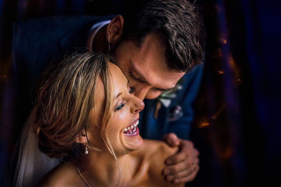 Wedding photographer Dan Morris (danmorris). Photo of 10.04.2019
