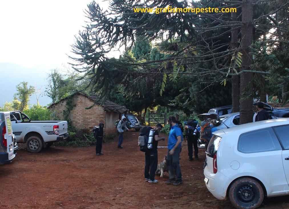 Fazenda Serra Fina - Ponto de partida para a Pedra da Mina pela trilha do Paiolinho.