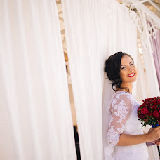 Wedding photographer Oleg Grishin (oleggrishin). Photo of 22.04.2015