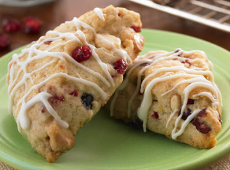 CRANBERRY WHITE CHOCOLATE CHIP SCONES Recipe
