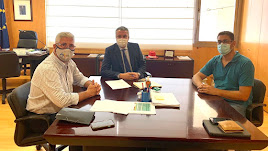 Imagen de la reunión mantenida para abordar la situación del Centro de Salud.