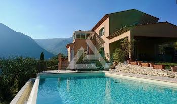 villa à Sospel (06)