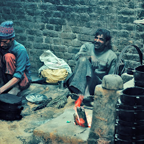 moulding a living  by Usman Irani - Professional People Factory Workers ( moulds, furnace, casts, brass, workers,  )