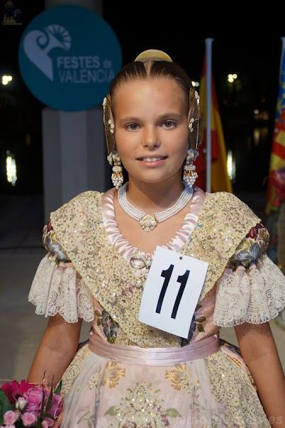Adriana Juan Sansano. Corte de Honor Infantil 2019. Rosari - Plaça Calabuig