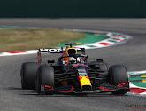 Het moest eens fout gaan! Verstappen en Hamilton rijden op elkaar in!