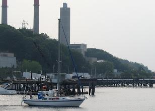 Photo: Подходим на заправку/Approaching fuel dock in Port Jeff