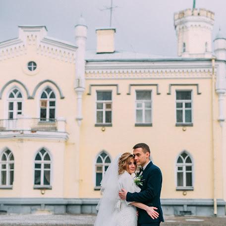 Wedding photographer Aleksandr Varukha (Varuhovski). Photo of 13.01.2018