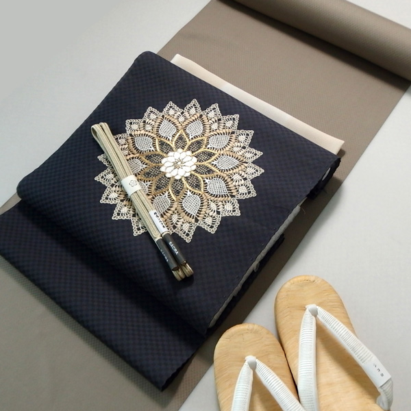 米沢八丈と刺繍の名古屋帯のコーディネート