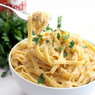 Crockpot Buffalo Chicken Pasta Recipe