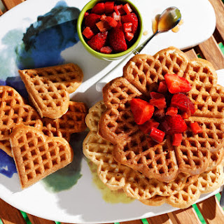5 Ingredient Easy Vegan Waffles.
