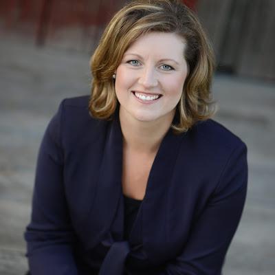 The voice teacher series: Elizabeth McDonald