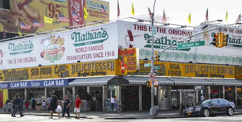Nathan's - Qua hanno inventato gli Hot Dogs di daniele1357