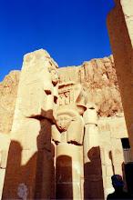 Photo: #019-Le temple d'Hatshepsout dans la Vallée des Reines