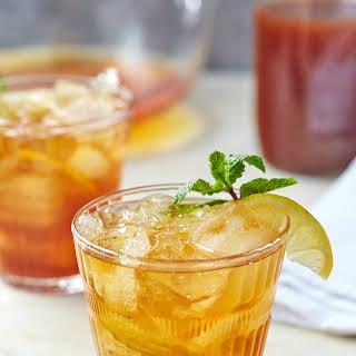 Sweet Tea and Bourbon Cocktail.