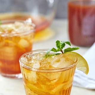 Sweet Tea and Bourbon Cocktail.