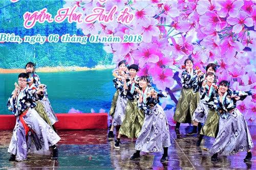Hồ Pa Khoang, khai mạc sự kiện hoa anh đào 3