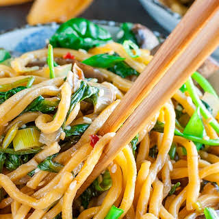 Spinach Mushroom Leek Long Life Noodles.