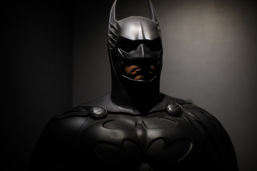 """Apparently """"Heroes"""" Like Batman Don't Perform Oral Sex on Women"""