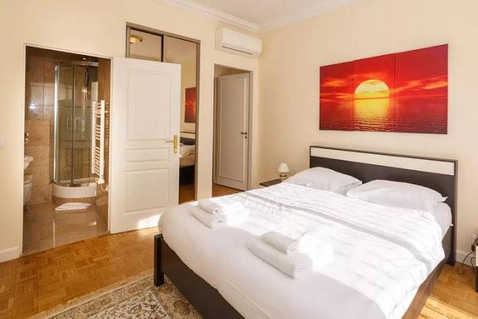 Master bedroom at Rue de Monceau Serviced Apartment, Champs Elysees