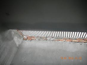 Photo: Rain seepage on FF, Skylight side- D-41, P-3, GNOIDA. Builder : Nanak Builders, Mr. Virender Batra