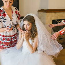 Wedding photographer Irina Lepinskaya (lepinskaya). Photo of 19.10.2017