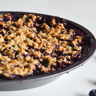 Simple Blueberry Crisp