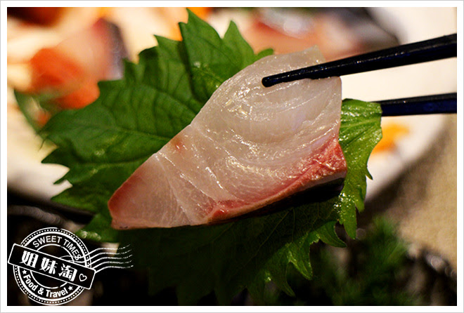次郎本格日本料理生魚片