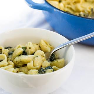 Pesto Spinach Macaroni and Cheese.