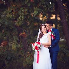 Wedding photographer Ekaterina Baturina (Katika). Photo of 12.10.2015