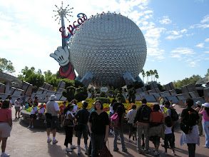 Photo: Epcot gets busy fast