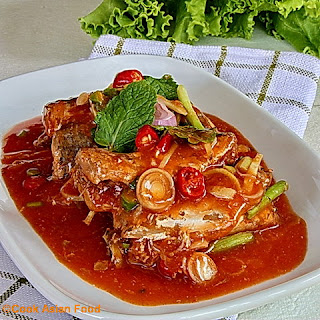 Thai Salad - Thai Yum Pla Grapong