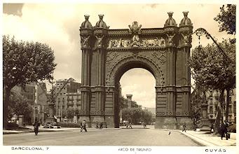 Photo: Arc de Triomph