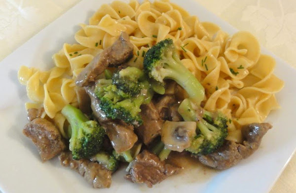 Beef And Broccoli With Buttered Noodles Recipe