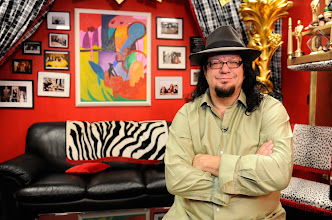 Photo: Talking Your Tech's Penn (of Penn & Teller) in the Monkey room. Photo by: Tim Loehrke, USA TODAY