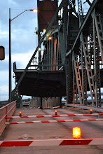 Photo: Hawlthorne Bridge Lift