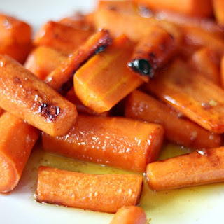 Brown Butter Honey Garlic Roasted Carrots Recipe