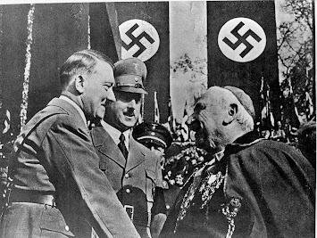 18-1 Hitler Nuntius.jpg