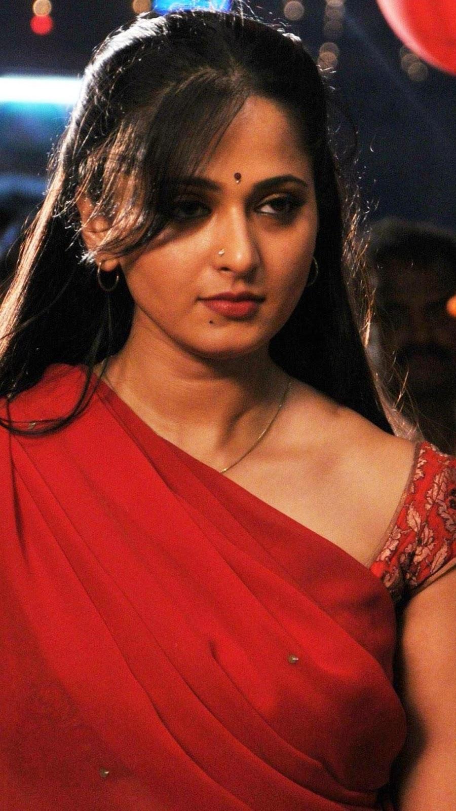 Anushka Shetty sexy looks Navel Queens
