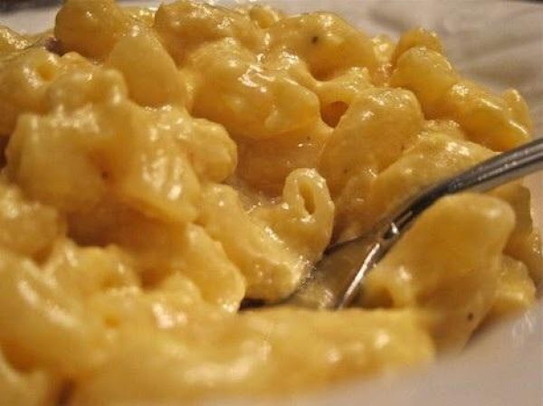 Easiest Slow Cooker Ooey Gooey Mac And Cheese! Recipe