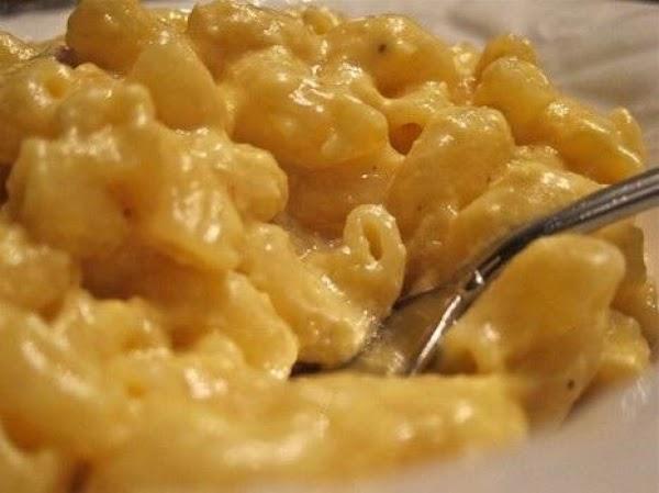 Easiest Slow Cooker Ooey Gooey Mac And Cheese! Recipe