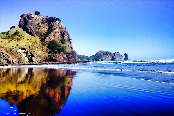 Piha Beach North Island New Zealand