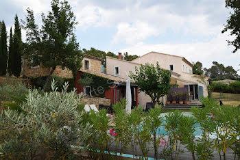 villa à Entrecasteaux (83)