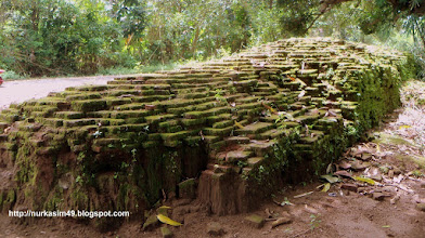 Photo: Situs Benteng Sanrobone, Takalar, Indonesia, dibangun pada tahun 1515-1520. http://nurkasim49.blogspot.nl/2011/12/ii.html